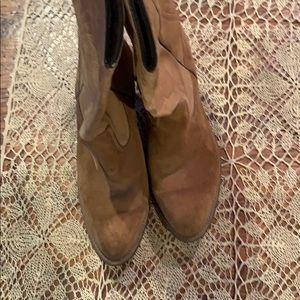 Women's vintage Capezio boots